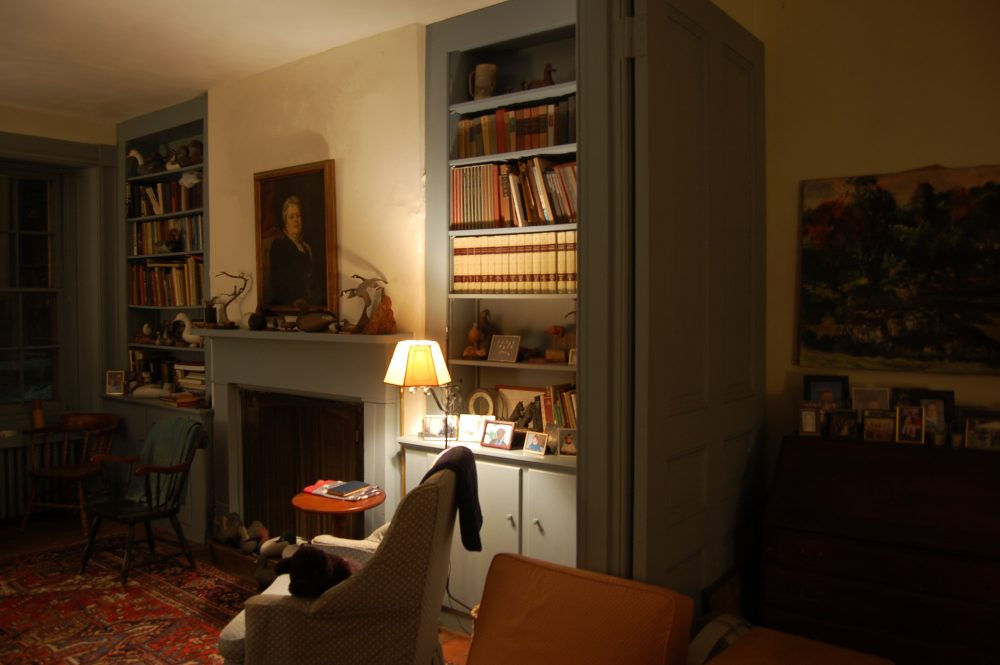 wafflehill-livingroom